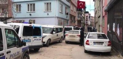 3 çocuk annesi kadın 6 yerinden bıçaklanarak öldürüldü