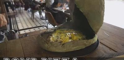 Böyle bir pizza yapımı görmediniz