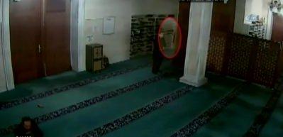 Camiye dadanan hırsızlara imamdan ibretlik ders