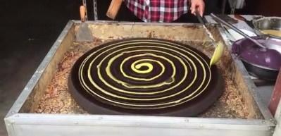 Çin usulü krep yapımı