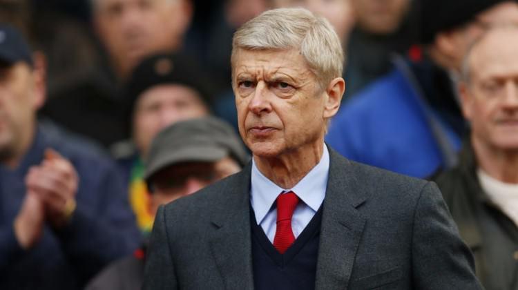 Arsene Wenger, Premier Lig efsanesi oldu!