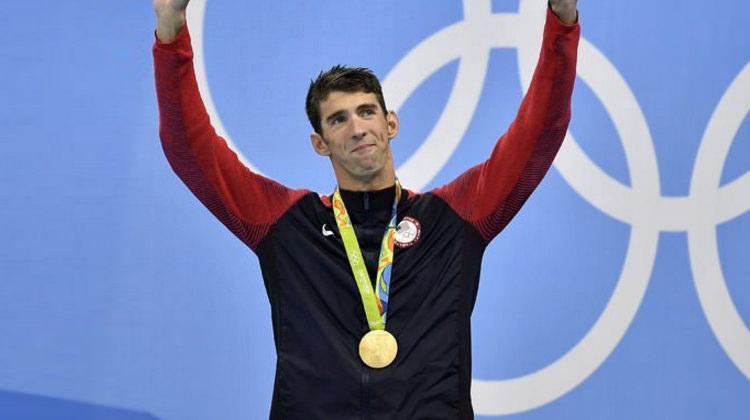 Michael Phelps Olimpiyat tarihine geçti!