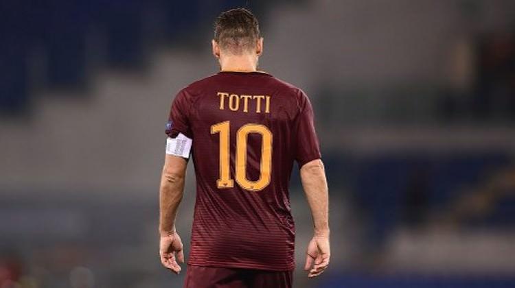 Francesco Totti'ye 6 yıllık sözleşme!