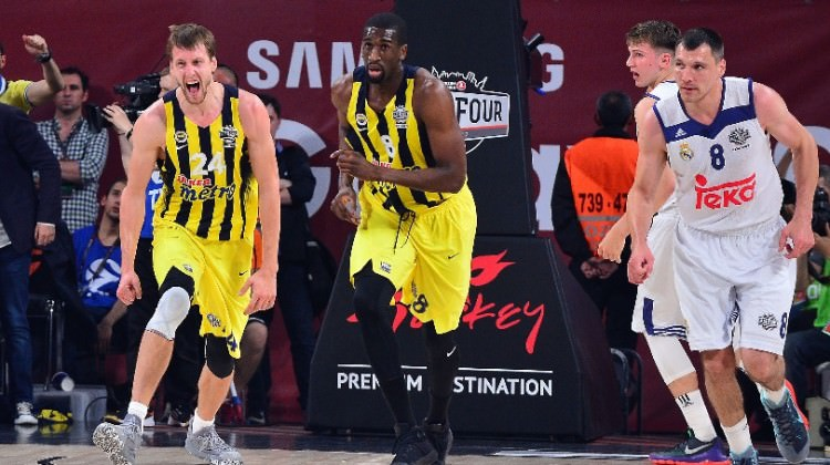 Ve Fenerbahçe finalde!