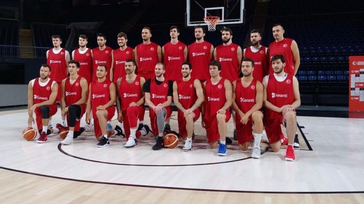 12 Dev Adam'da EuroBasket mesaisi