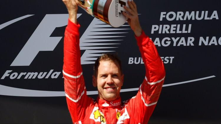 Ferrari ile Vettel nikah tazeledi