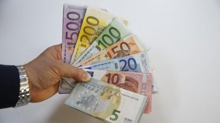 Eurodan çifte rekor! Dolar ise...