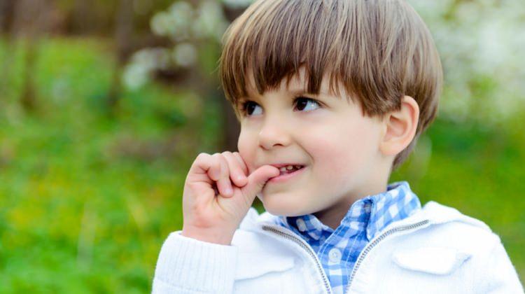 Çocuğunuz tırnaklarını mı yiyor?