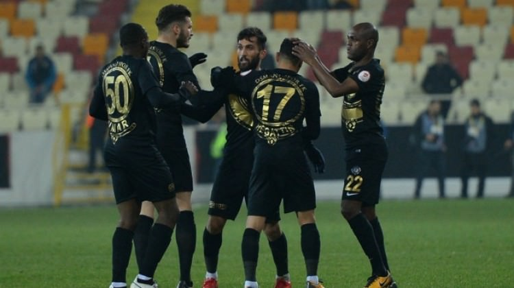 Osmanlıspor, Yeni Malatya'yı saf dışı bıraktı!
