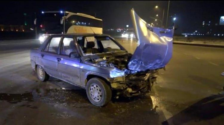Afyonkarahisar'da otomobiller çarpıştı: 6 yaralı