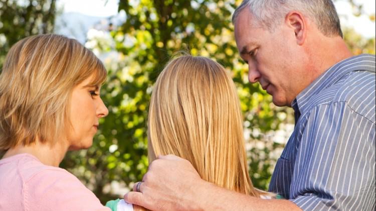 Anne babalar dikkat! Ergenlik için 8 etkili öneri