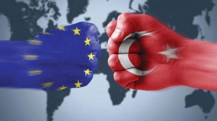 Türkiye'den AB'ye net cevap: Kapıyı dahi açmayız!
