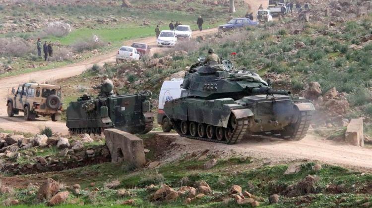 Son Dakika! Afrin'de Bir Türk Tankı PYD/PKK'lı Teröristler Tarafından Vuruldu: 5 Asker Şehit Oldu ile ilgili görsel sonucu