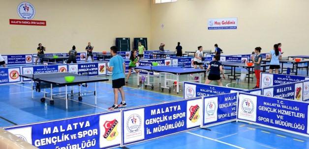 Masa Tenisi Milli Takımı Malatya'da kampa girdi