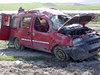 Lastiği patlayan araba takla attı: 2 ölü