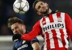 PSV 10 kişiyle direndi