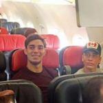 Uçağın Business kısmında 3 kişilik yer kalınca...