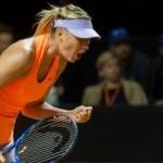 Sharapova yarı finalde!