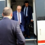 Temel Karamollaoğlu eleştirdiği YHT'ye bindi