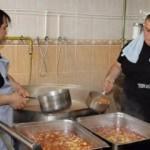 Aşçıların zorlu Ramazan mesaisi