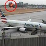 Kaliforniya'da uçağın düşme anı kamerada!