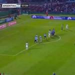 Messi, Muslera'yı geçemedi! Muhteşem kurtarış