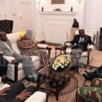 Darbe sonrası Mugabe'nin ilk fotoğrafları!