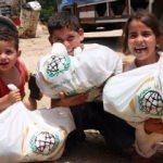 İHH Cerablus'da çocuk ihtiyacı dağıttı
