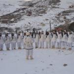 Komandolar eksi 7 derecede terörist arıyor