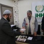 Sığınmacılardan Doğu Guta'daki Suriyelilere yardım