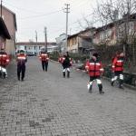 Kaybolan yaşlı adamı 60 kişilik ekip arıyor