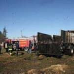 Saman yüklü kamyonda yangın çıktı