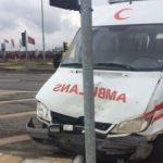 Yaralıyı hastaneye götürürken 5 kişi yaralandı