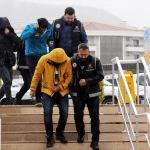 GÜNCELLEME - FETÖ üyelerini yurt dışına kaçıran şebekeye operasyon