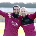 Iniesta'dan Arda Turan mesajı!