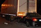 Alkollü sürücünün aracı TIR'ın altına girdi: 2 ölü