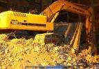Bina yıkım çalışması sırasında çöktü: 1 ölü