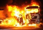 Korkunç kaza: 5 kişi yanarak can verdi